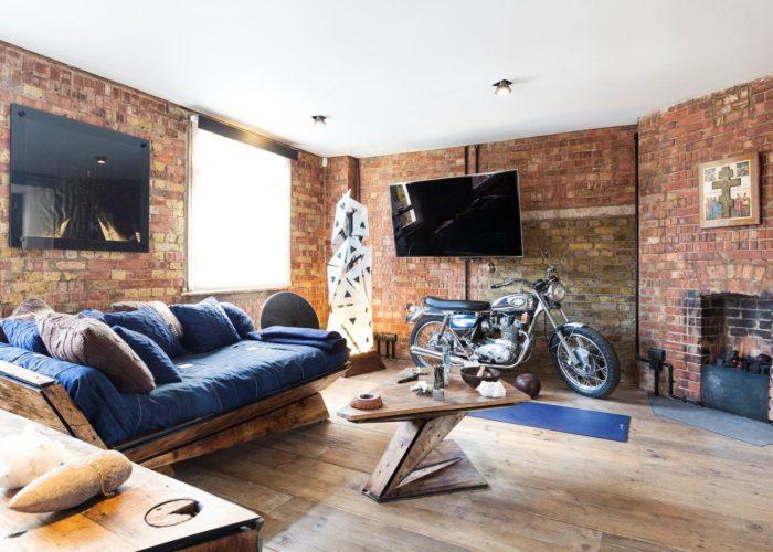 brutalnyj-interer-kvartiry-v-londone2
